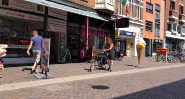 Ijssalon Trio aan de Steenstraat is altijd druk