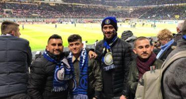 En opeens waren ze in Milaan tijdens een voetbalwedstrijd