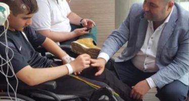 Steun 11-jarige zoon raadslid Usta voor speciale behandeling hersentumor in Spanje