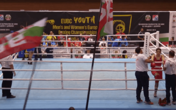 Arnhemse bokser wint eerste EK-wedstrijd in Sofia