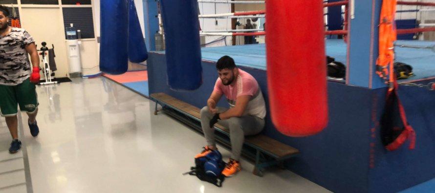 Bekende vlogger gespot bij Boxing By Kasap