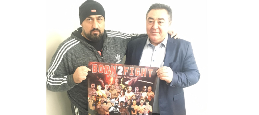Mesut Cam neemt posters Born 2 Fight in ontvangst