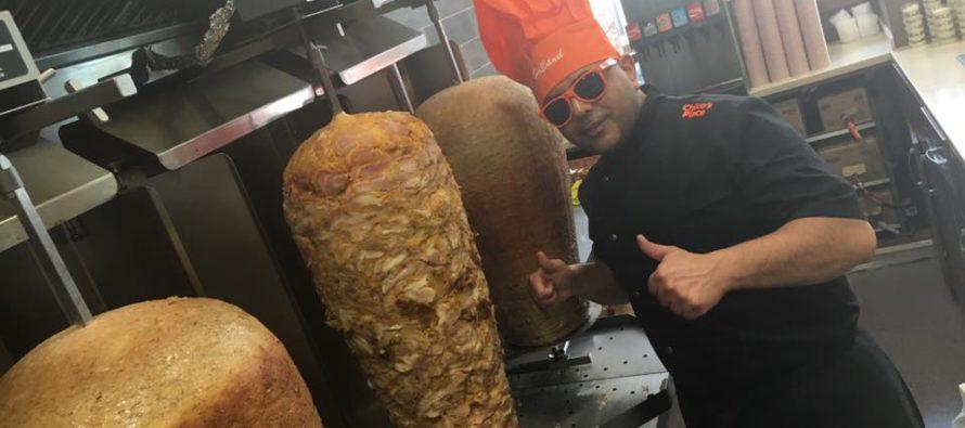Chico's Place viert 7-jarig bestaan met gratis baklava