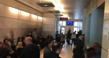 'Storing' bij Turks consulaat in Deventer zorgt voor lange wachtrijen