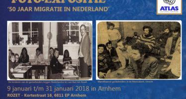 De reizende fototentoonstelling '50 jaar  migratie in Nederland' in Arnhem