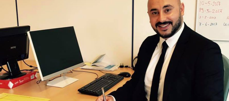 Ertuğrul Düşünceli (34) begint loopbaan bij KC Advocatuur in Nijmegen
