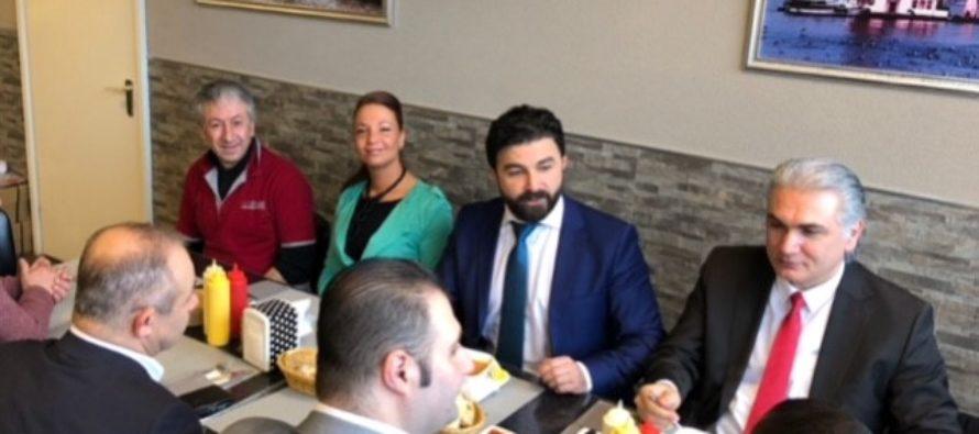 DENK Partijvoorzitter genoot van heerlijke linzensoep in Arnhem-Zuid