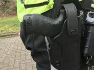 Een 'gasalarmpistooltje' bij heftige inval door arrestatieteam in Arnhem