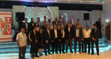 Veel bekende ondernemers tijdens iftar bij partycentrum Maksim