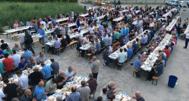 Recordaantal bezoekers tijdens openlucht Iftar in Arnhem