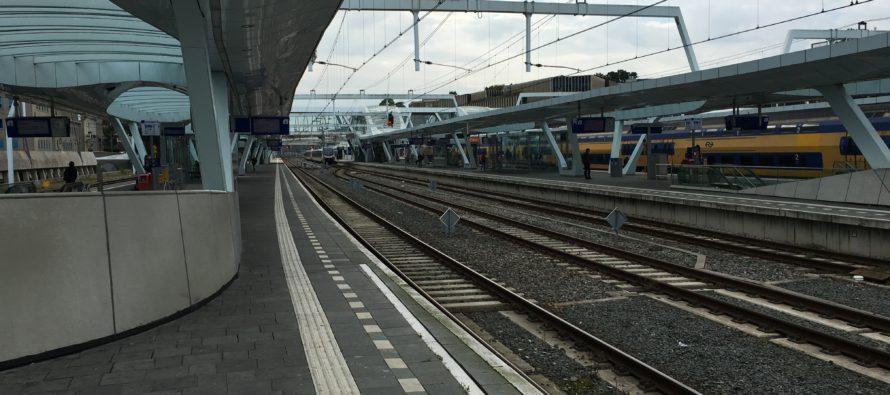 NS waarschuwt voor bende zakkenrollers op Centraal Station
