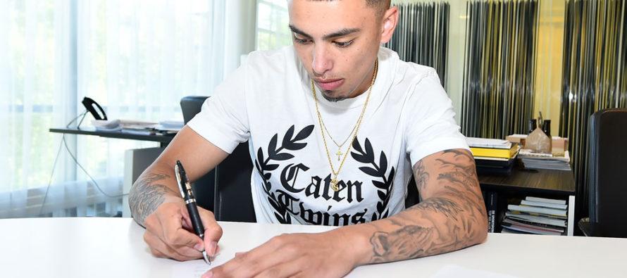 Twee belangrijke jeugdspelers tekenen profcontract bij Vitesse