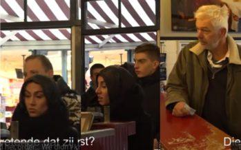 VIDEO Moslima wordt niet geholpen omdat ze een hoofddoek draagt