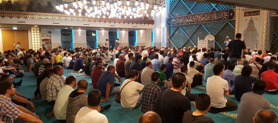 Check hier de tijden van het bayram-gebed in de alle steden