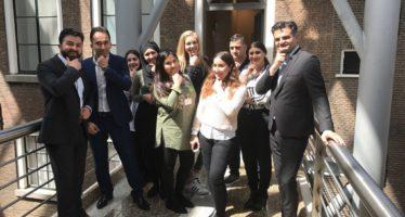 Bekende Turkse advocaat gespot bij BeyMen in Amsterdam