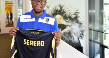Vitesse legt Thulani Serero (Ajax) vast