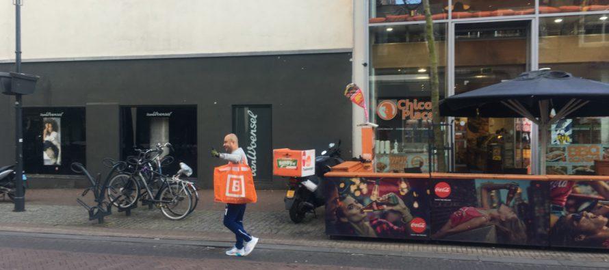 Sultan Dag met grote Blokker-tas gespot bij Chico's Place