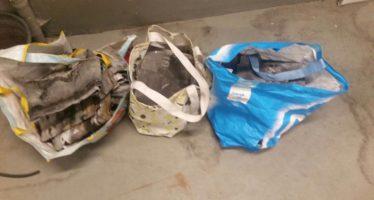 Twee personen vannacht aangehouden met tassen vol lood