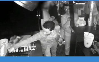 VIDEO Kassa van volle discotheek in Arnhem wordt leeggeroofd