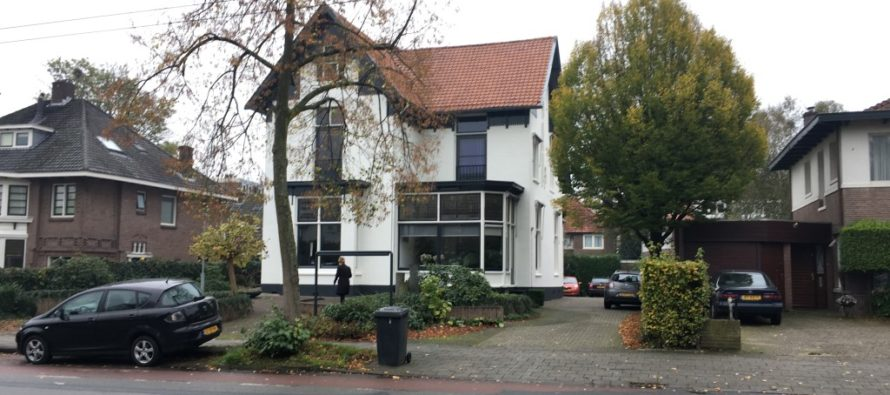 Twee bekende panden in Arnhem verkocht aan belegger