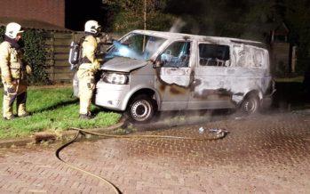 Arnhemse autopyromaan nog steeds niet opgepakt