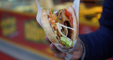 Bekende kebabzaak uit Arnhem opent vestiging in Dieren