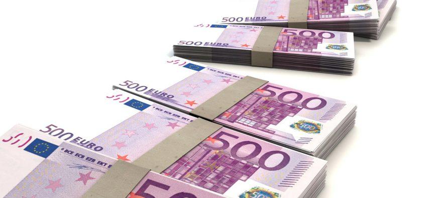 Man (25) en vrouw (22) uit Arnhem stelen in totaal 350.000 euro met babbeltruc