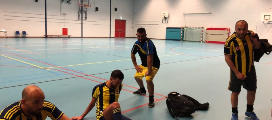 Fenerbahce Arnhem wint overtuigend van Kayserispor 026