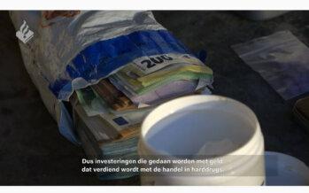 Mercedes en veel contant geld gevonden na inval arrestatieteam