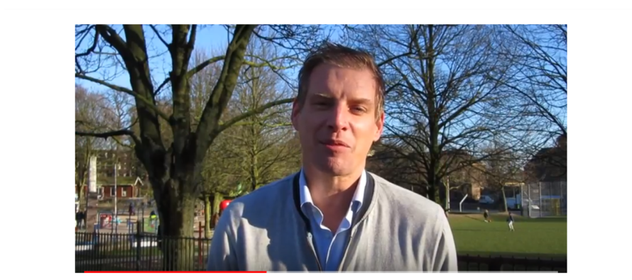 Verbinder en Turkenvriend Jurgen Elfrink krijgt onderscheiding van burgemeester