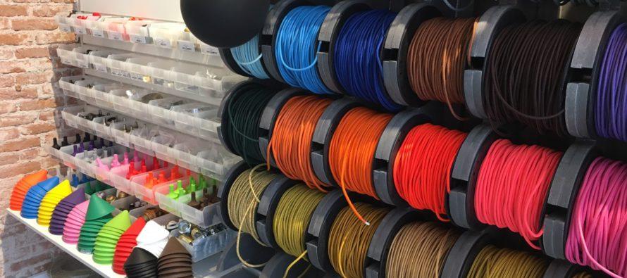 Steenstraat: Bizz Elektro & Verlichting verkoopt bijzondere en leuke lampen