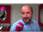 Burgemeester Marcouch komt thee drinken in Turks koffiehuis