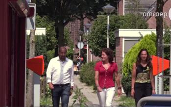 Nieuwe burgemeester Arnhem fietst met twee 'lijfwachten' rond