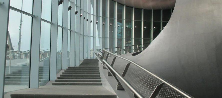 Man 'vies bezig' op station Arnhem