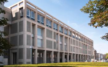 Zware straffen voor aanmaakblokjes 'bende' voor brandstichting in Arnhem