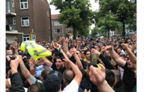 Rotterdammers hebben schijt aan Aboutaleb en sturen Pegida zelf weg