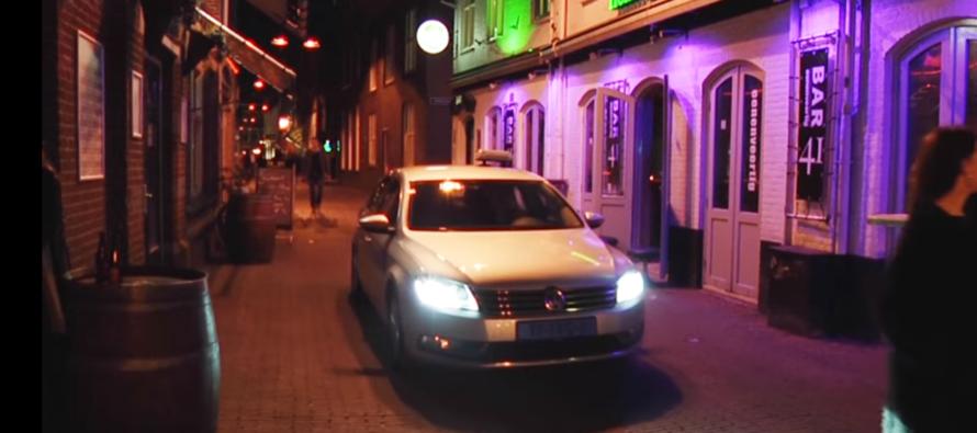 Geen kotsende cafebezoekers en drugskoerieren in Varkensstraat